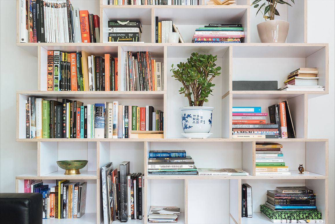Display your favourite books